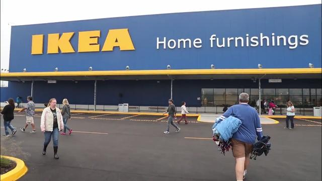 Ikea Campers stake their campsite for store opening in two days. (October 2017)