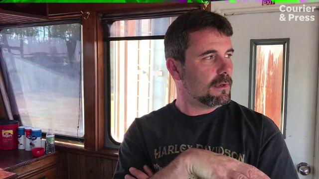Twenty year veteran, Josh Rogers captains the tow boat Lois Elaine for the Mt. Vernon Barge Company.