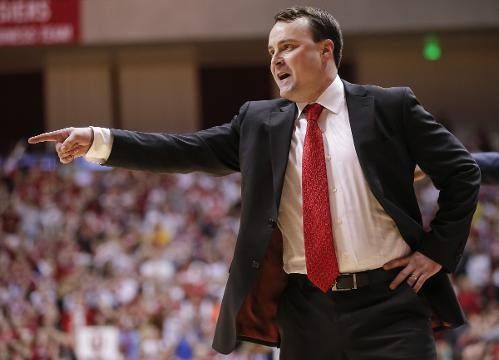 ESPN national recruiting expert Jeff Borzello joins Mind Your Banners to discuss Romeo Langford's pending decision, Archie Miller's recruiting work through one year at IU and his thoughts on the Hoosiers' 2018 class so far.