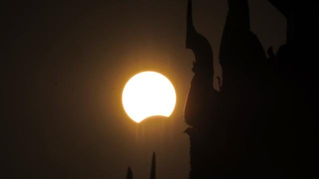 A Total Solar Eclipse Will Happen In August