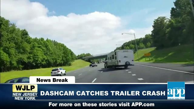 NewsBreak: Garden State Parkway trailer crash caught on camera