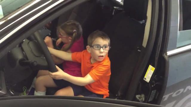 VIDEO: Washington Twp. cops help kids with bucket list