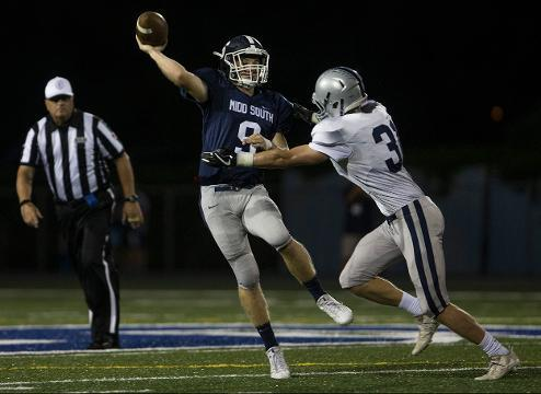Middletown South Football defeats Manasquan with defense