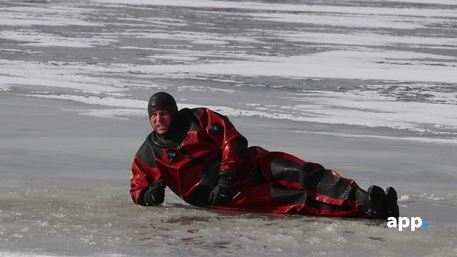 WATCH: Asbury Park Fire Department practice ice rescue drills in Deal Lake