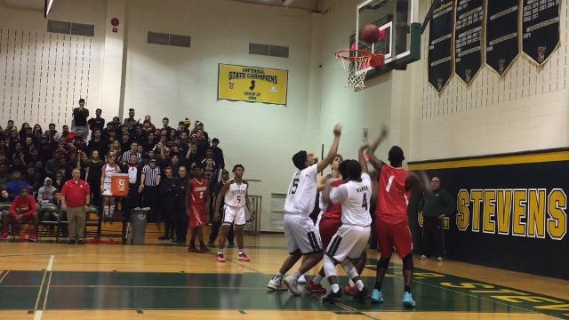 The J.P. Stevens boys basketball team defeated rival Edison 47-33 on Tuesday, Jan. 9, 2018.