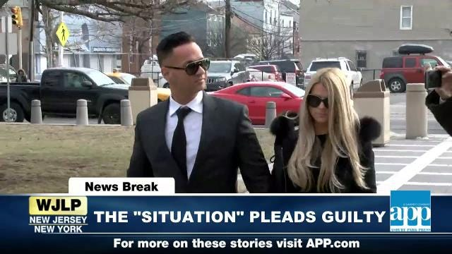 """NewsBreak: """"The Situation"""" pleads guilty; Government shutdown looms"""