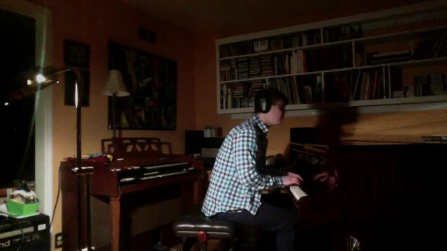 WATCH: Piano playing by Hank Rosenthal