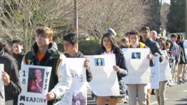 Wardlaw+Hartridge Upper and Middle School students showed their solidarity and support for the victims of the Parkland, Florida school shooting by participating in the National School Walkout on March 14.