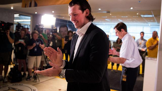 Predators sign Ryan Johansen to 8-year deal