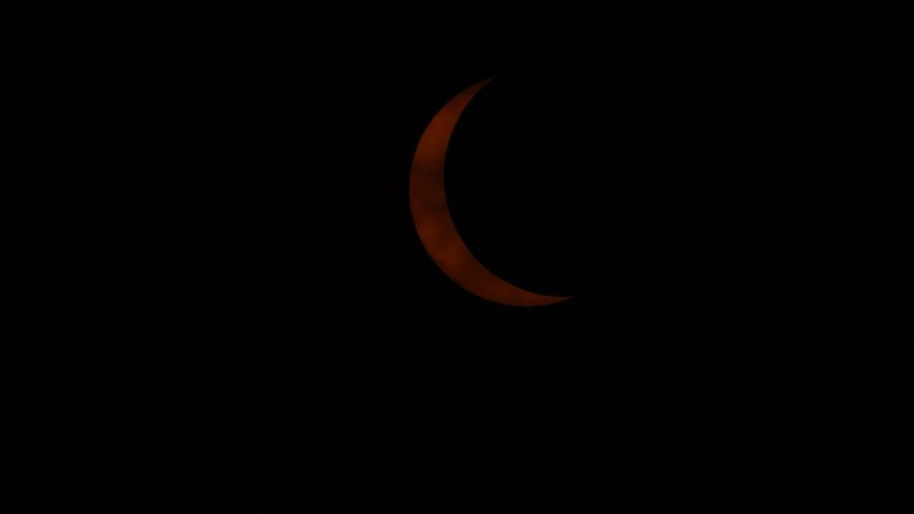 See the moments before solar eclipse totality in Nashville