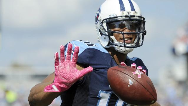 Titans' Rishard Matthews honored with American flag