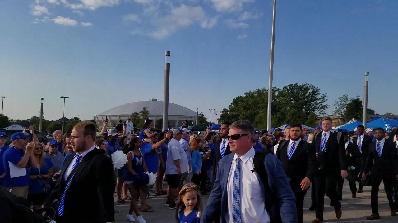 The first Tiger Walk of the 2017 football season before Memphis-UCLA