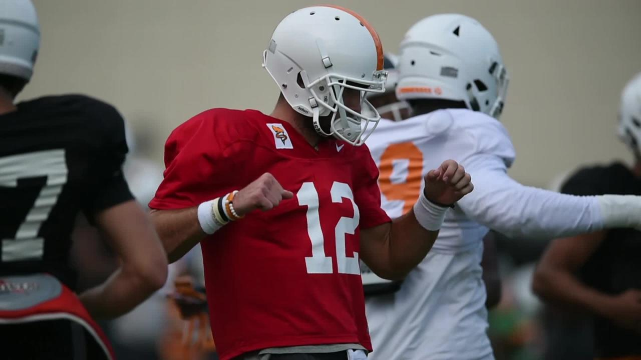 Scenes from the Tennessee Vols football practice on Sept. 19