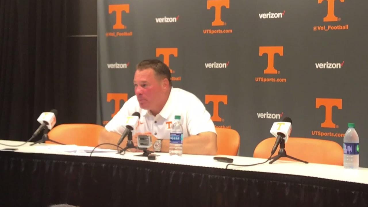 Vols commit costly unsportsmanlike conduct penalties