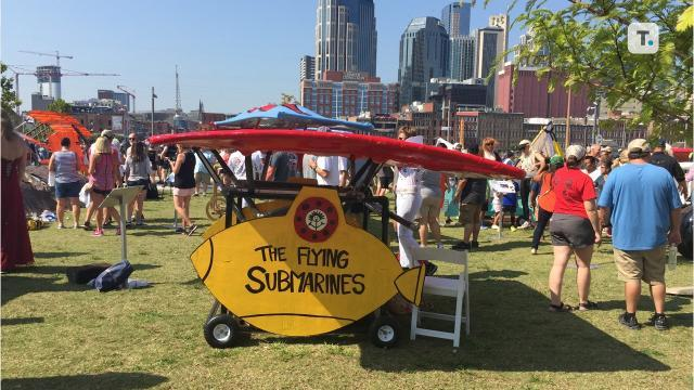 Amateur gliders try to coast the Cumberland River in Red Bull's Flugtag competition