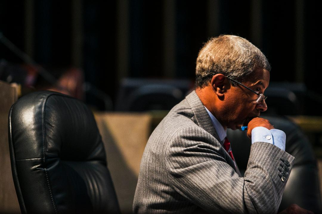 During Tuesday's City Hall meeting, City Council attorney Allan Wade suggested the issue of Memphis's Confederate monuments should be continued until October 17.