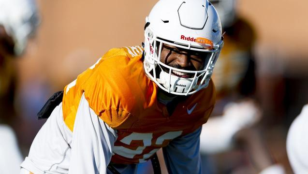 Clips from Vols football practice Oct 17