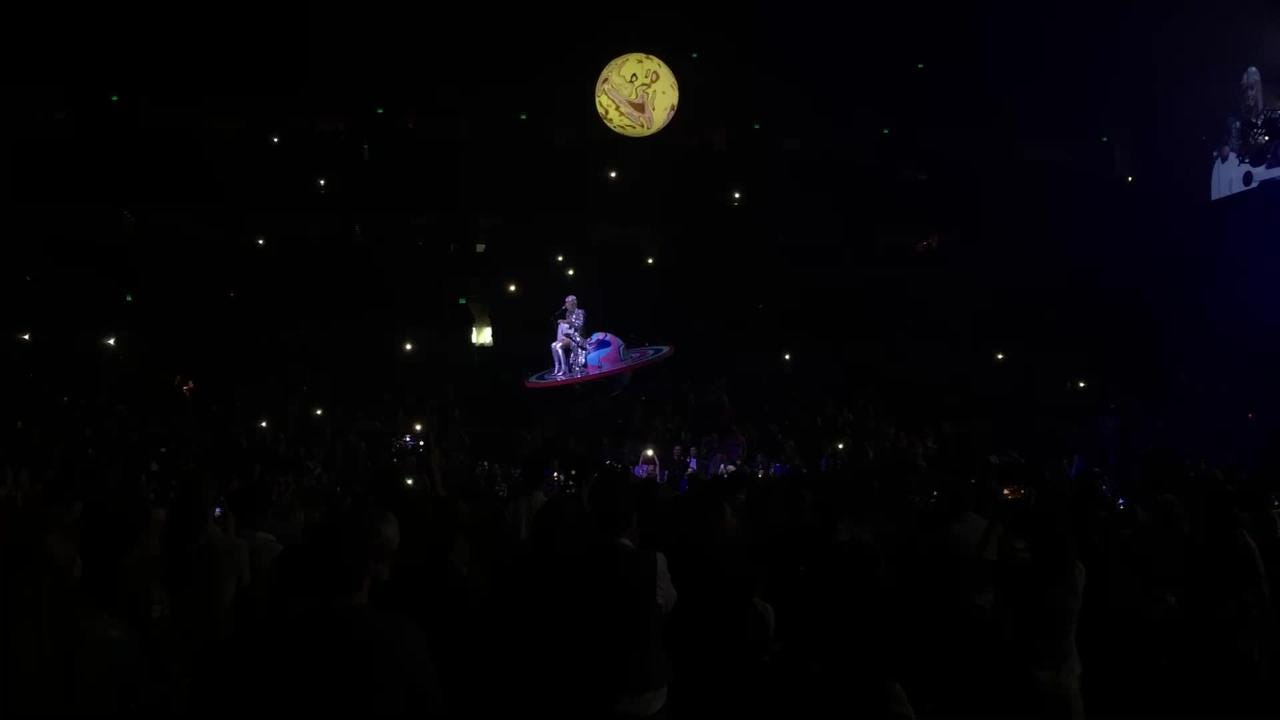 Katy Perry gets stuck mid-air on floating platform during Nashville concert