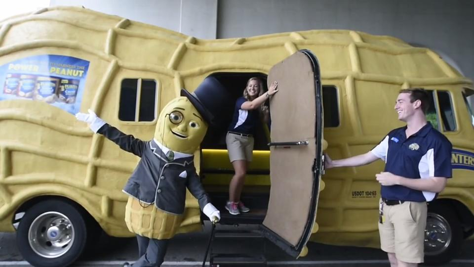 planter s nutmobile comes to east tennessee for a weekend stay