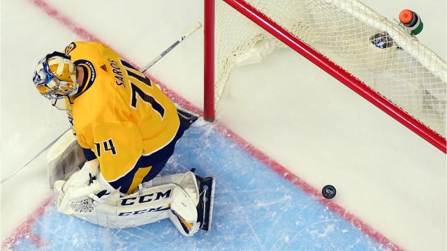 What should Predators do with Juuse Saros?