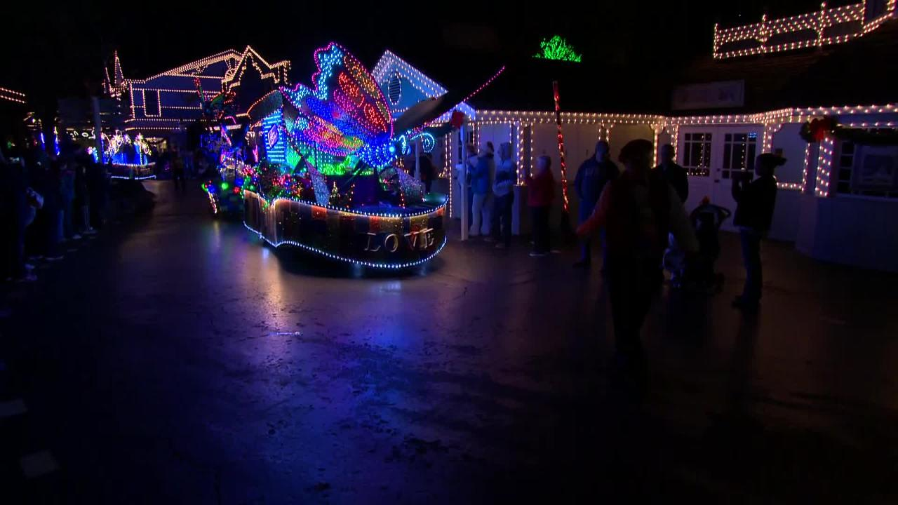 Scenes from Dollywood's Parade of Many Colors
