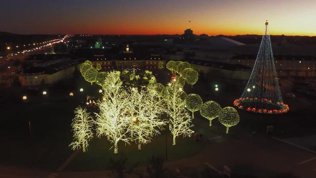 Opryland Christmas.Gaylord Opryland Christmas 2017 See The Incredible Lights