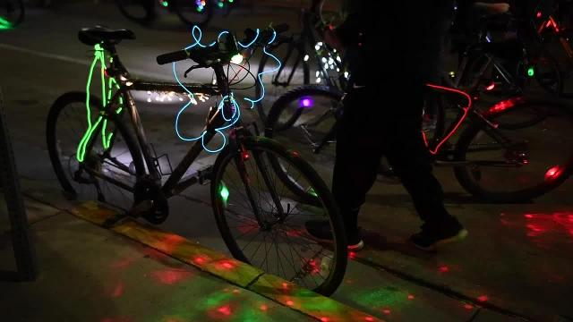Cyclists light up Knoxville during 2017 Tour de Lights