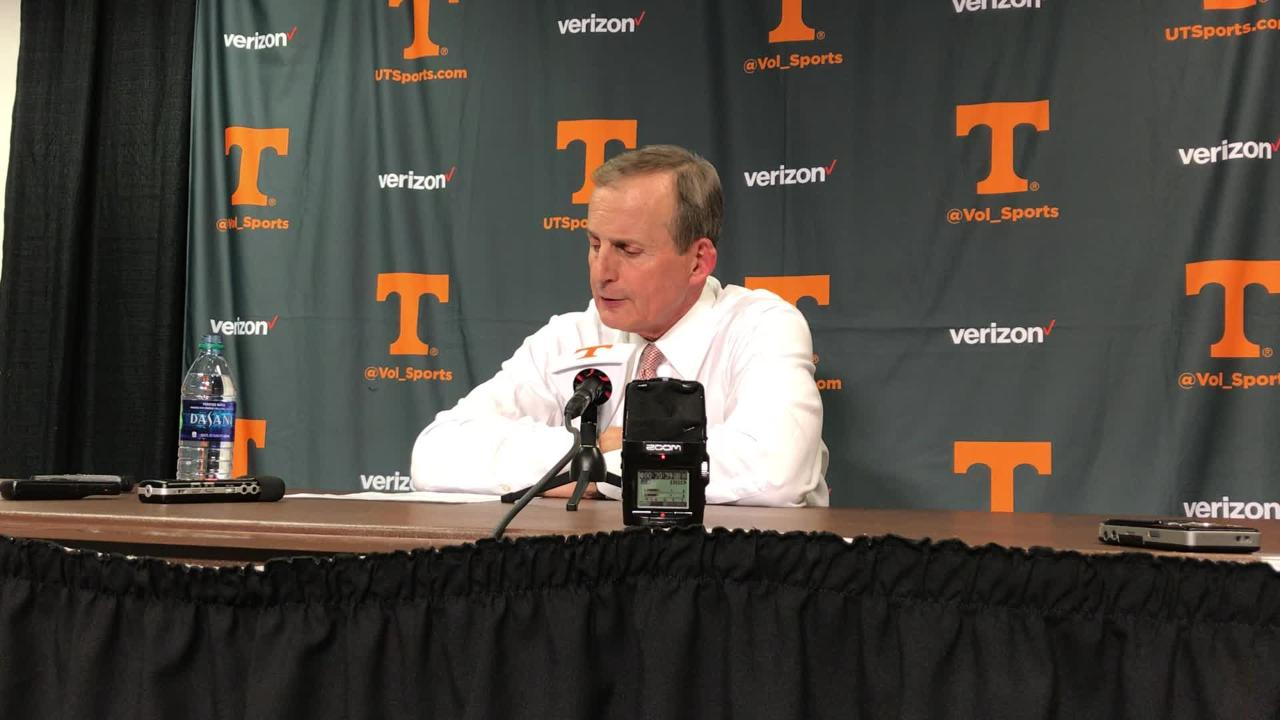 Rick Barnes: Vols failed to put North Carolina away