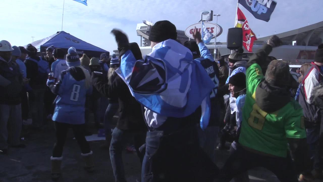 Titans fans do the 'Cupid Shuffle ' at Kansas City tailgate