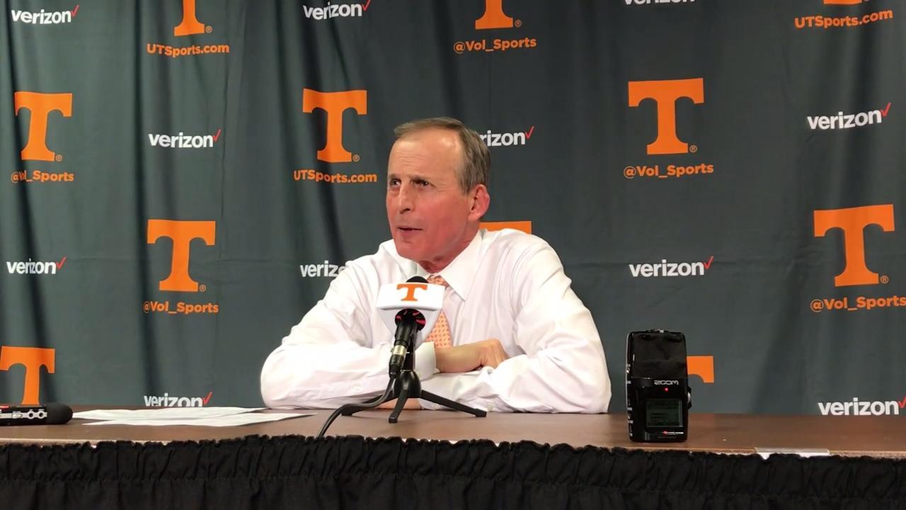Rick Barnes recaps Tennessee holding on against Vanderbilt