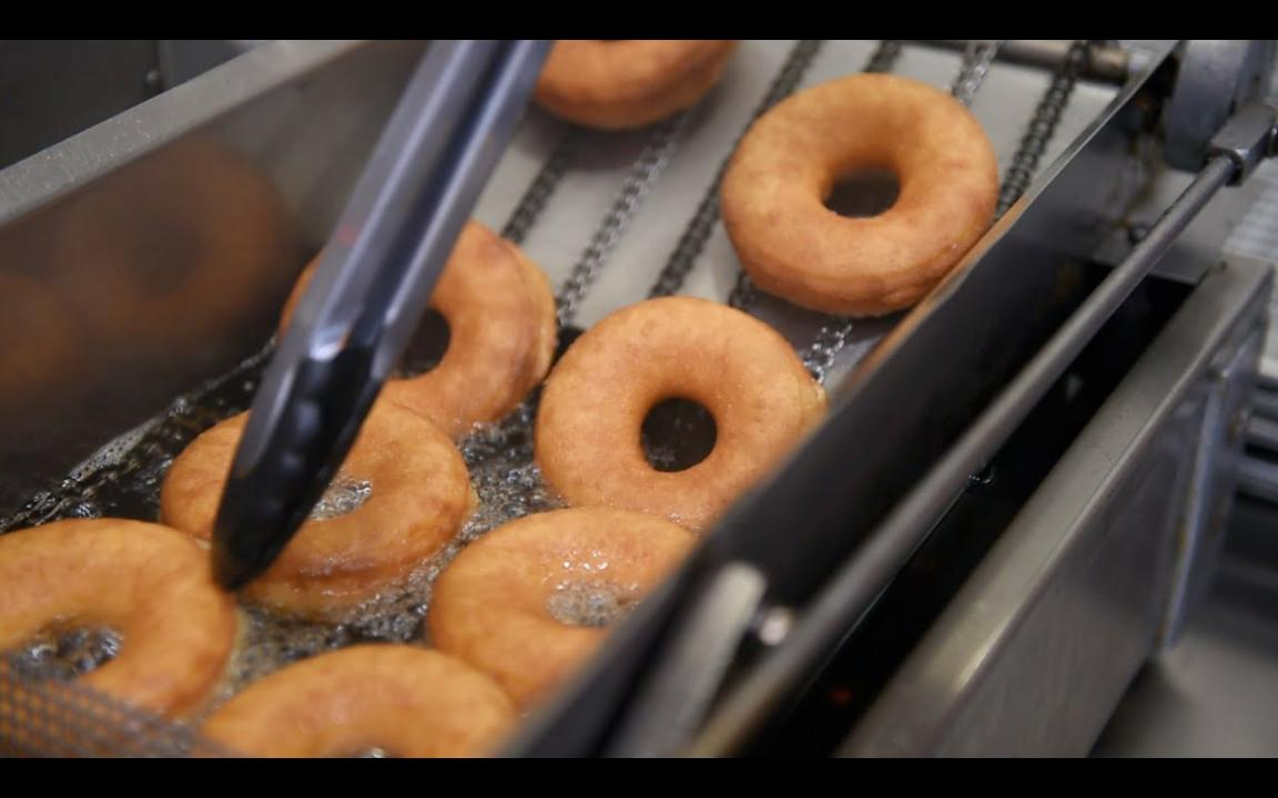 A behind-the-scenes look at Sean and Sara Alsobrooks' new shop, Makers Donuts. (Video by Caitie McMekin/News Sentinel)