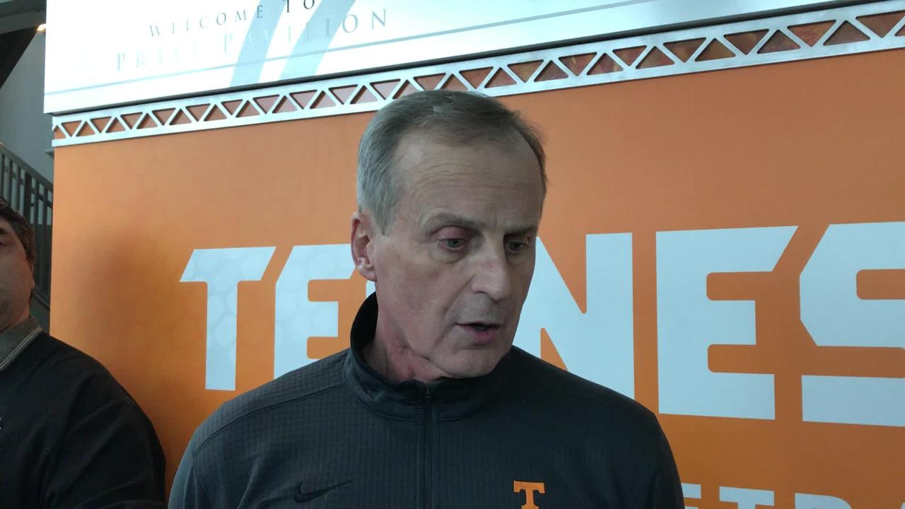 Tennessee coach Rick Barnes talked Bulldogs before Saturday's game