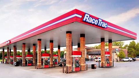 Convenience store chain RaceTrac is launching a major expansion into the  Nashville area