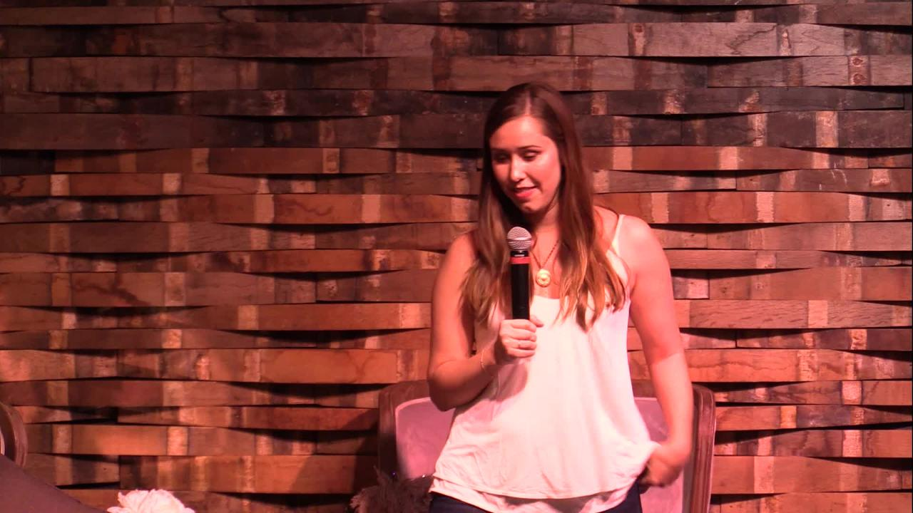 Holly Hammonds shares her love story at Nashville Storytellers