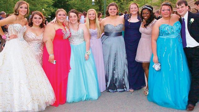 Free Prom Dresses Stir Interest In Beccas Closet
