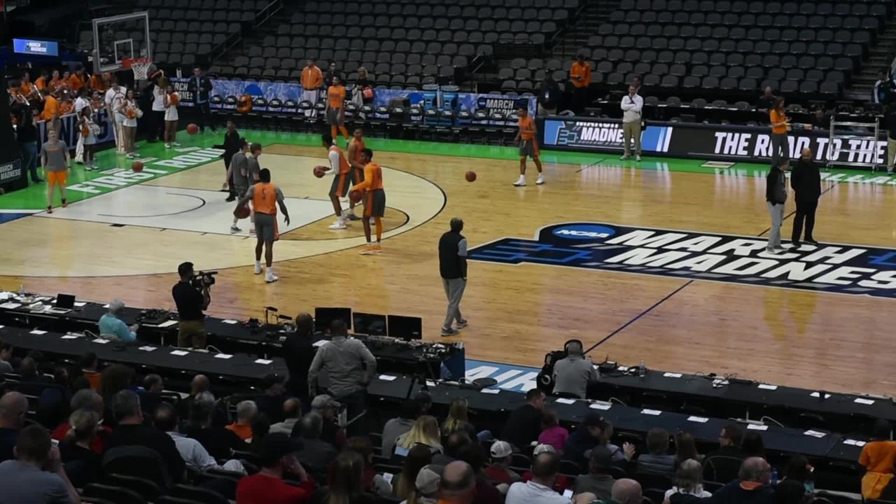 Scenes from Tennessee's practice before NCAA Tournament first round game