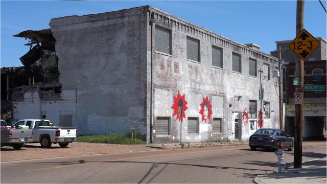 A 93-year-old warehouse at 455 S. Front is being razed to make room for 30 new condos.