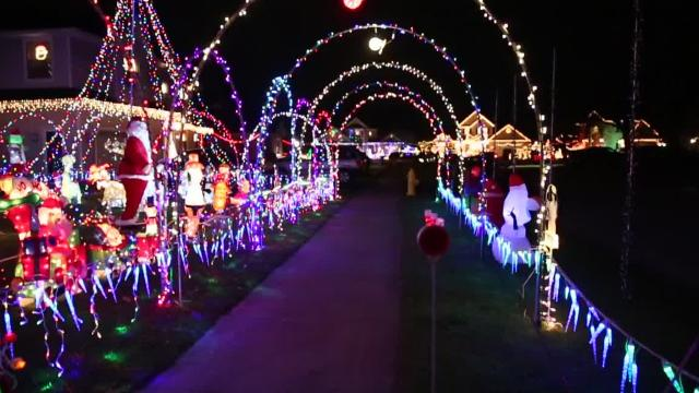 Looking for some holiday light displays? Check out these top locations.