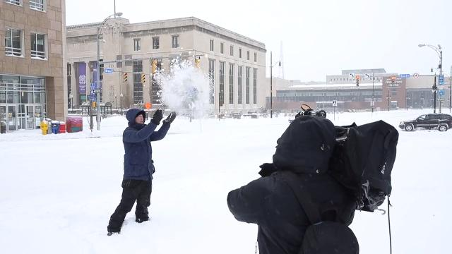 The Weather Channel meteorologist Mike Seidel goes live from Rochester for what the network calls Winter Storm Hunter. Video by Carlos Ortiz. (Jan. 13, 2017)