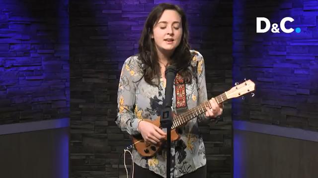 Poetic lyricist Madeleine McQueen puts a powerful twist on what it means to lead with a ukulele. She came in to our studio to perform a Coffee Break Concert.