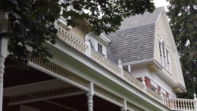 Fairport leaders are looking to end the village's role as landlord and explore options for the future of the Potter House including divesting the property. (June 28, 2018)
