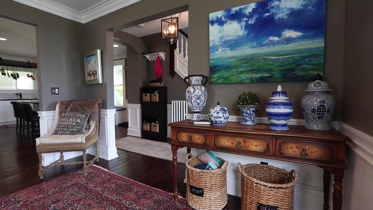 Video: Homes staged to sell