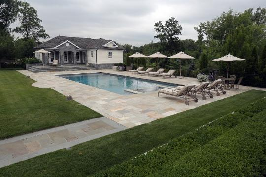 Houlihan Lawrence held a luncheon with a guest speaker from the United Kingdom, to talk about marketing luxury homes in Westchester, to international buyers.