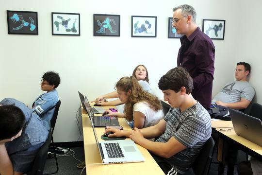 Stephen Grosmark, owner of Think Space Studio in Tarrytown, talks about the computer science classes offered to middle and high schoolers, Aug. 2, 2017.