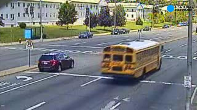 Video: School bus goes through red light