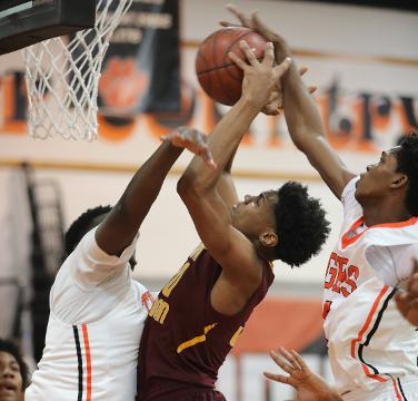 Video: Mount Vernon beats Spring Valley, 88-60