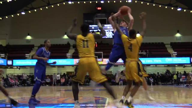 Video: Last 30sec of Saunders Slam Dunk basketball win over Mt. St. Michael