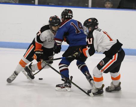 Video: Mamaroneck beats Rye Town/Harrison hockey, 7-3