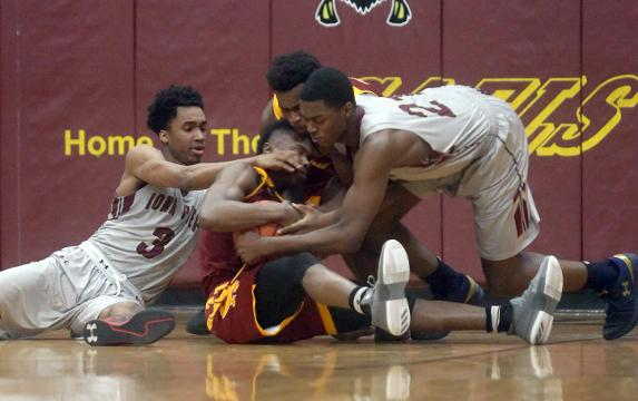 Video: Cardinal Hayes edges Iona Prep in Catholic league basketball