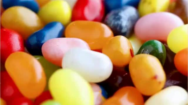 Did you know that it takes 7 to 21 days to make jelly bean? It takes many steps. While jelly beans are most often associated with Easter, they were first introduced as a Christmastime treat. They're believed to have been inspired by the sweet treat known as Turkish delight.